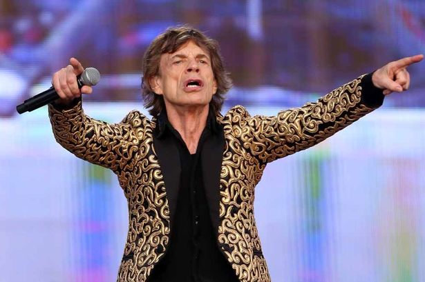 The-Rolling-Stones-perform-2087042
