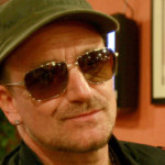 bono_green_hat_sunglasses_smil